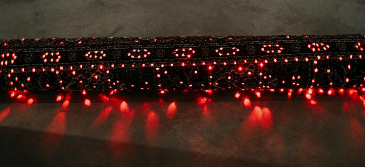 Czerwone neony